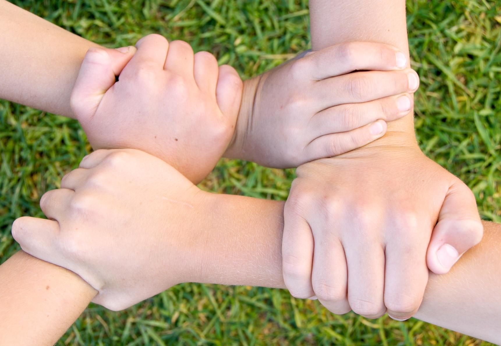 """""""Aprender a comunicarse de nuevo"""", el primer reto de la mediación entre padres/madres e hijos/as adolescentes"""