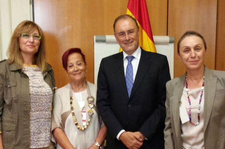 De izq-dcha: Julia Pérez, Ascensión Iglesias, Álvaro Cuesta Martínez y Begoña González.