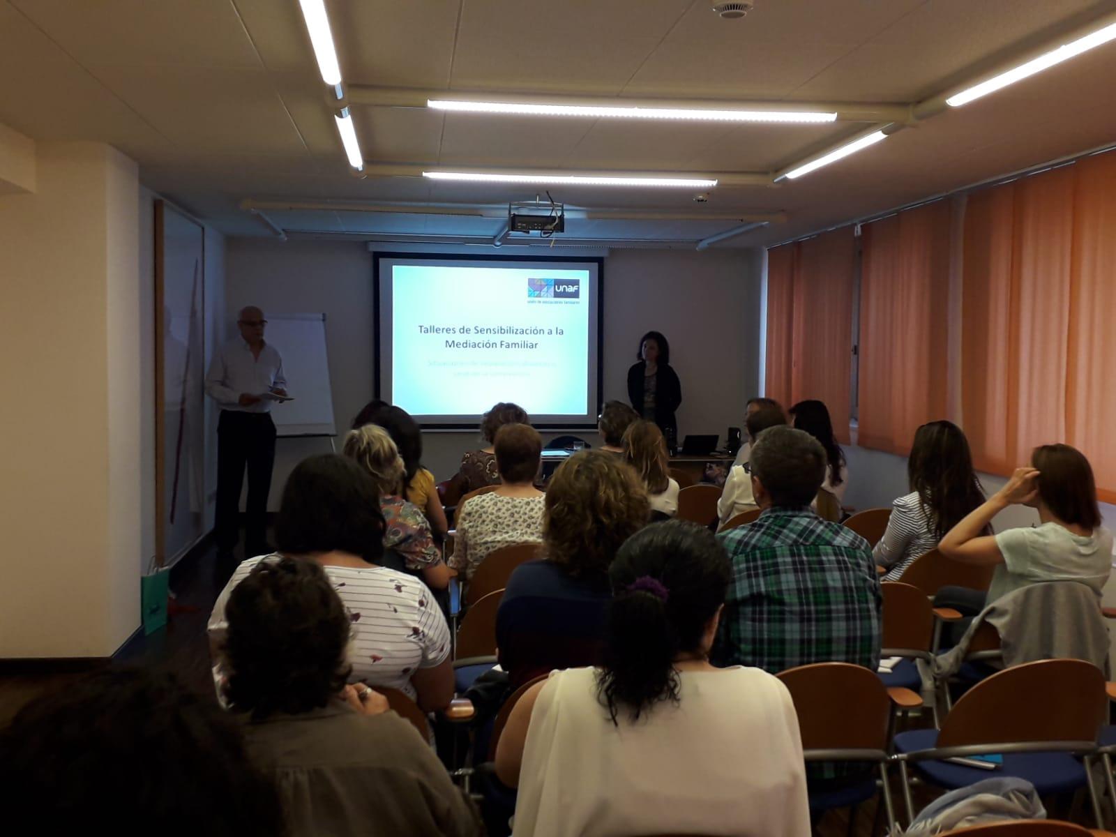 UNAF celebra un taller de sensibilización a la mediación familiar en Santander